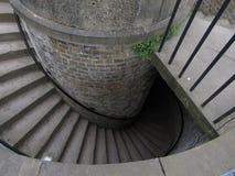 Detalhe da escadaria espiral de pedra foto de stock royalty free