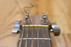 Detalhe da guitarra acústica Foto de Stock Royalty Free