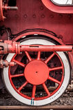 Detalhe da roda dianteira de locomotiva de vapor Imagens de Stock Royalty Free