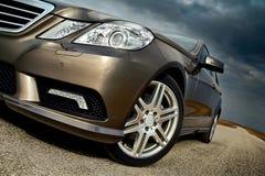 Detalhe da roda dianteira, do amortecedor e da luz Imagens de Stock Royalty Free