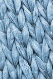 Detalhe da textura de Mat Coarse Plaiting Rustic Grunge do lugar da fibra da palma do azul de pó Foto de Stock Royalty Free