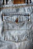 Detalhe das calças de brim Fotografia de Stock