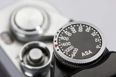 Detalhe das marcações do ASA na câmera retro Imagens de Stock