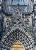 Detalhe de abóbada gótico da catedral da água de Colônia na água de Colônia Imagens de Stock