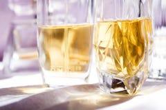 Detalhe de algumas garrafas de perfume Imagem de Stock