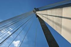 Detalhe de arquitetura moderna do sumário da ponte Imagens de Stock