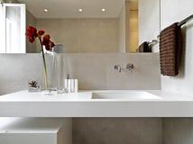Detalhe de banheiro moderno imagem de stock
