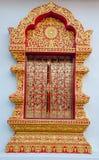 Detalhe de chiangmai da porta do templo s, Tailândia. Foto de Stock Royalty Free