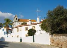 Detalhe de Constância, Ribatejo, Portugal, com sua igreja principal monumental na parte superior Fotos de Stock Royalty Free