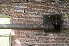 Detalhe de construção histórica do fechamento 19 no Rio Ohio fotos de stock royalty free