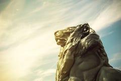 Detalhe de estátua de um leão do rei, que pertença a Christopher Co Fotografia de Stock