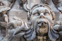 Detalhe de Fontana del Panteão, Itália Imagem de Stock