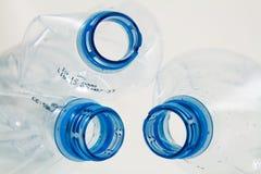 Detalhe de frascos plásticos Fotografia de Stock Royalty Free