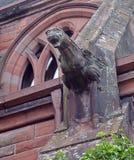 Detalhe de gárgula na igreja média, Tay Street, Perth, Escócia Imagens de Stock Royalty Free