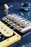 Detalhe de guitarra elétrica da seis-corda Foto de Stock