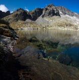 Detalhe de lago da montanha Imagem de Stock Royalty Free