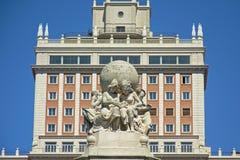 Detalhe de monumento de Cervantes sobre & de x27; Plaza de espana& x27; quadrado, Madri fotos de stock