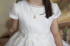 Detalhe de primeira menina do comunhão imagem de stock royalty free