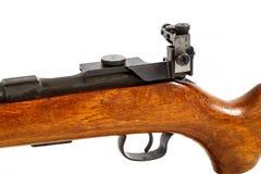 Detalhe de rifle velho da ação do parafuso isolado Imagens de Stock Royalty Free