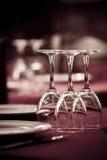 Detalhe de tabela de jantar pronto para clientes Fotografia de Stock Royalty Free