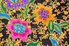 Detalhe de teste padrão do batik com alfazema e flores Fotos de Stock Royalty Free