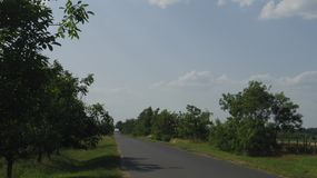 Detalhe de Toeroekszentmiklos na estrada secundária da rua de Szolnoki da periferia Fotos de Stock Royalty Free