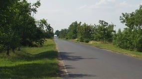 Detalhe de Toeroekszentmiklos na estrada secundária da rua de Szolnoki da periferia Foto de Stock Royalty Free