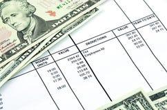 Detalhe de um boletim de salário fotos de stock