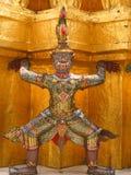 Detalhe de um gigante, Wat Phra Kaew, Banguecoque, Tailândia fotografia de stock royalty free