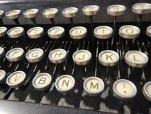 Detalhe de um tipo velho teclado do escritor Imagem de Stock