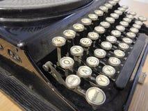 Detalhe de um tipo velho teclado do escritor Fotografia de Stock