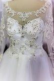 Detalhe de um vestido de casamento fotos de stock