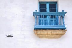 Detalhe de uma fachada de uma casa colonial em Havana Fotografia de Stock Royalty Free