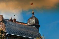 Detalhe de uma opinião da casa com aleta de tempo fotos de stock