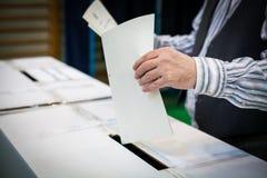 Detalhe de votação da mão Fotos de Stock