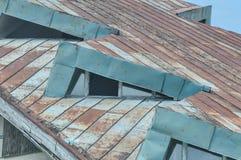 Detalhe deteriorado do telhado fotografia de stock