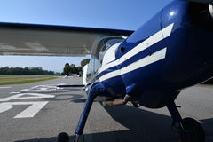 Detalhe dianteiro plano da opinião da fuselagem do lazer Fotos de Stock Royalty Free