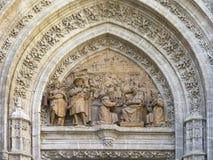 detalhe do Bas-relevo de catedral de Sevilha Imagem de Stock