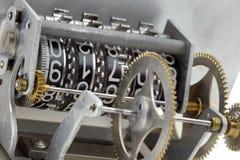 Detalhe do contador do mecanismo das rodas denteadas Fotografia de Stock Royalty Free
