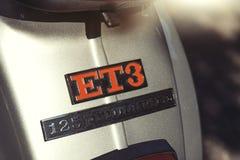 Detalhe do logotipo ET3 125 primavera do vespa Fotos de Stock