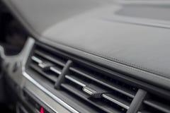 Detalhe do painel do carro imagens de stock royalty free