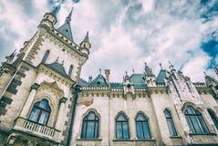 Detalhe do palácio de Jakab na cidade de Kosice, filtro análogo imagens de stock