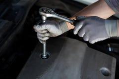 Detalhe do serviço do carro Fotografia de Stock Royalty Free