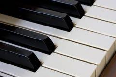 Detalhe do teclado de piano Fotos de Stock Royalty Free