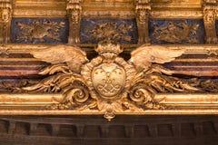 Detalhe do teste padrão do teto do ouro do palácio de Versalhes Foto de Stock Royalty Free