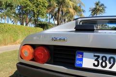 Detalhe italiano de prata 02 do canto da parte traseira do supercarro Fotografia de Stock Royalty Free