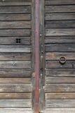 Detalhe italiano velho da porta de entrada da madeira Foto de Stock Royalty Free