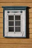 Detalhe lituano tradicional da casa - janela Fotografia de Stock Royalty Free