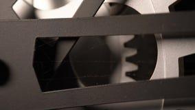 Detalhe macro 4K do pulso de disparo metálico sujo velho vídeos de arquivo