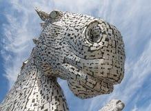 Detalhe os Kelpies da vista, esculturas das cabeças de cavalo perto de Falkirk Fotografia de Stock Royalty Free